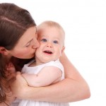 How New Moms Can Maintain Their Friendships