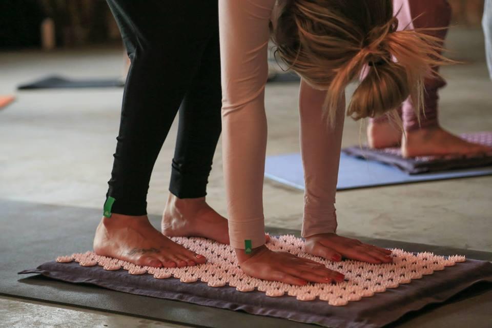 pranamat yoga girl