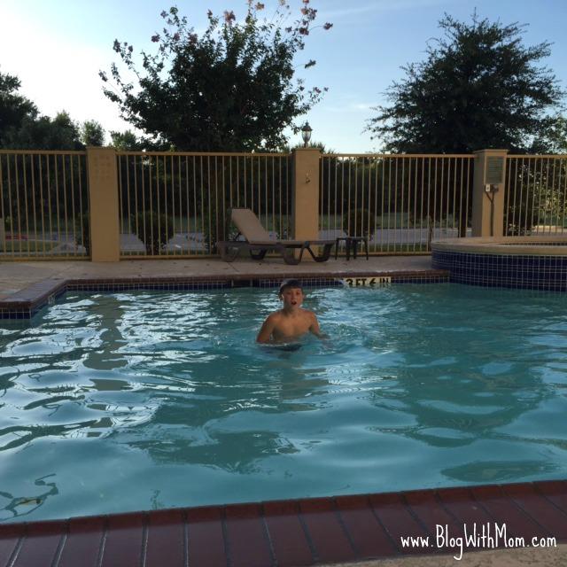 Bobby Hotel Pool